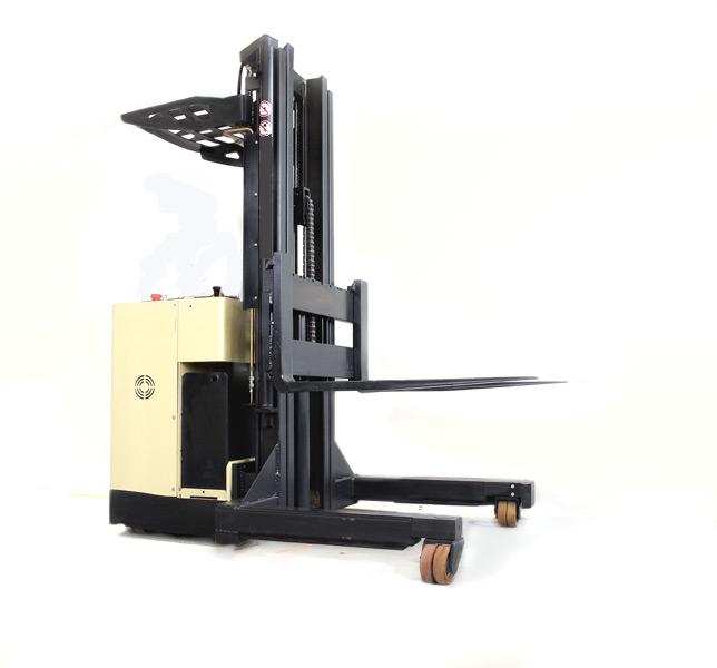 fahrerstand vierwegestapler hochhubwagen stapler. Black Bedroom Furniture Sets. Home Design Ideas